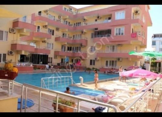 Didim Efeler'de havuzlu site içerisinde satılık 1+1 daire - Site İçi Görünüm