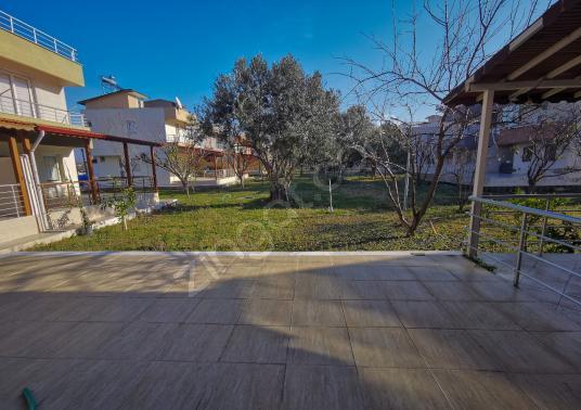 Dikili'de Site İçinde 3+1 Dublex Geniş Veranda ve Teraslı Yazlık