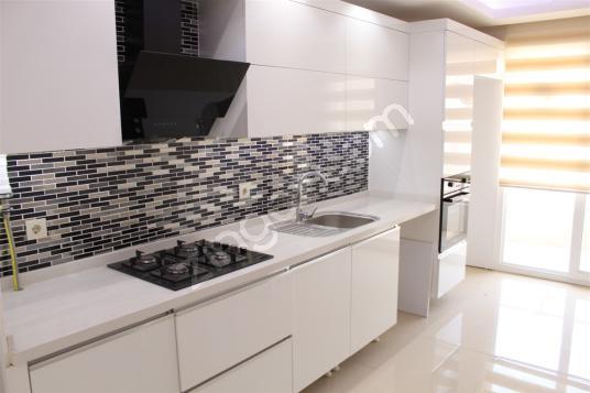 BOZYAKA'DA SİTE İÇİ 3+1 KAT VE CEPHE SEÇENEKLİ SATILIK DAİRELER - Mutfak