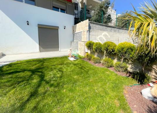 Urla Merkez'de Satılık 3+1 Bahçe Dubleksi - Bahçe