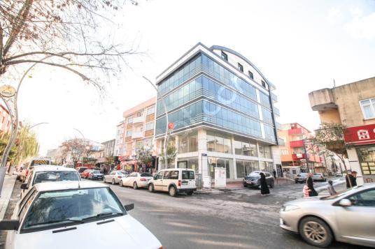 Ana Cadde Üzerinde İskanlı 1850 m2 Komple Satılık Plaza