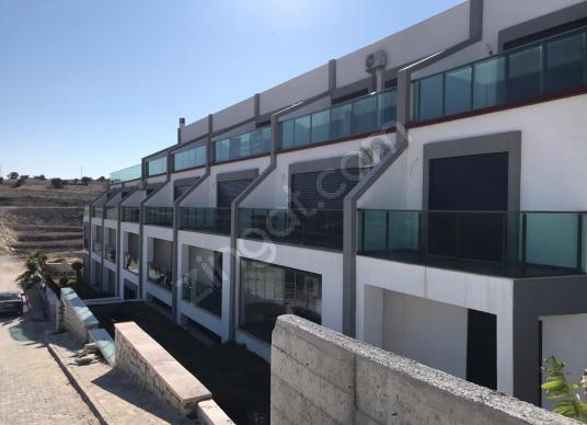 ÇEŞME DALYAN SAKIZLIKOY'DA DENİZE 150M MESAFEDE SIFIR RESIDENCE - Balkon - Teras