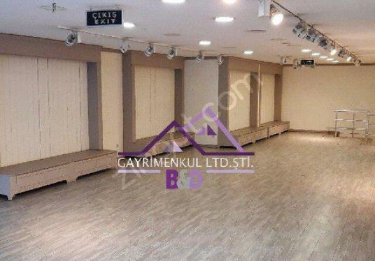 Karaköy Cadde Üstünde Kurumsal Firmalara Kiralık 300m2 - undefined