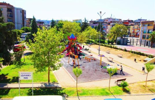 FIRSAT.!Karabağlar UĞUR MUMCU Park Karşısı SATILIK 2Daire+Dükkan - Çocuk Oyun Alanı