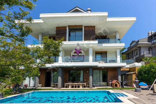 Acarkent te Kiralık Eşyalı - Eşyasız Müstakil Havuzlu Lüks Villa