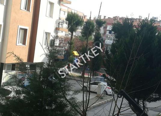 Gaziemir Atıfbey Mahallesi Merkezde Satılık 3+1 Daire - Site İçi Görünüm