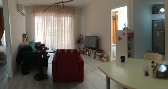 İzmir Çiğli Balatçık'ta site içi satılık 2+1 daire - Salon