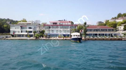 Satılık YalıDairesi For Sale-Bosphorus Waterside Mansion w/Quay