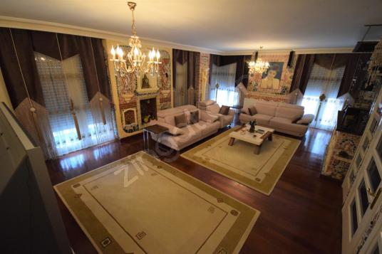 GHouse dan Satılık Yeşilköy de 7+2 Müstakil Tripleks Villa - Salon