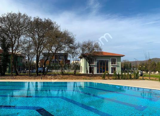 TEAMORGEY ÖMERLİ MUTLUHAN EVLER 3,5+1 260m2 VİLLA A1151 - Yüzme Havuzu