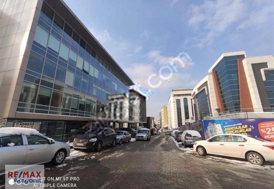 KAVACIK MERKEZDE 617 M2 TİCARİ İMARLI ARSA - Sokak Cadde Görünümü