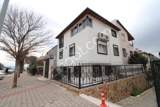Evka 3'te Satılık 3+2 Villa - Dış Cephe