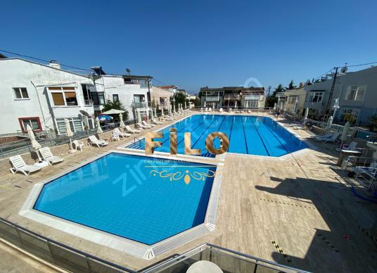 ACİL SATILIK ÇORLU YENİCE'DE DENİZ MANZARALI 4+1 TRİPLEKS VİLLA - Yüzme Havuzu