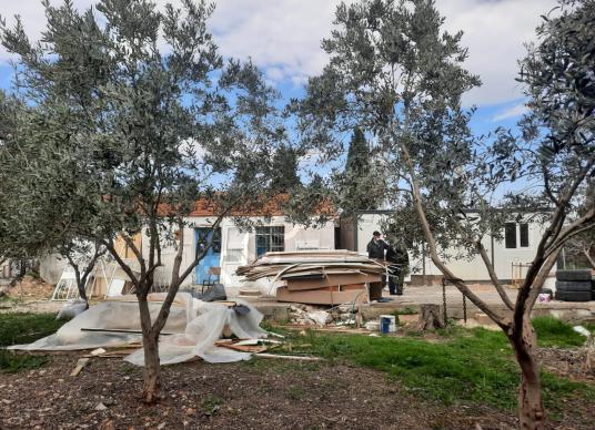 Didim Akyeni Köy'de Satılık Bahçeli Ev