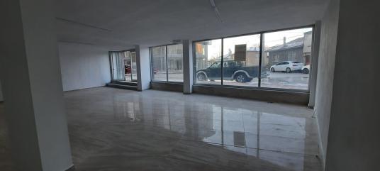 Karacabey Mecidiye'de Hastane Yolunda Kiralık 255 m2 Dükkan