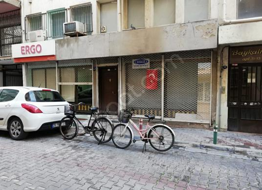 Karşıyaka'da Satılık Dükkan - Dış Cephe