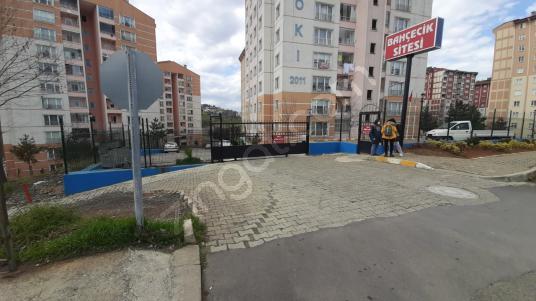 Bahçecikte Yeni Toki Konutlarında, Site İÇİNDE Daire - Sokak Cadde Görünümü