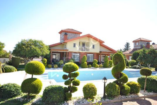 Kemer Arslanbucak ta site içinde satılık müstakil villa .. - Site İçi Görünüm