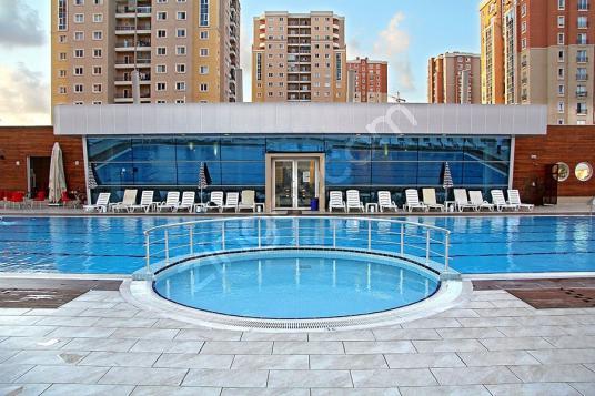 BAHÇEŞEHİR ISPARTAKULE OLİMPOS SİTESİNDE 3+1 SATILIK DAİRE - Yüzme Havuzu