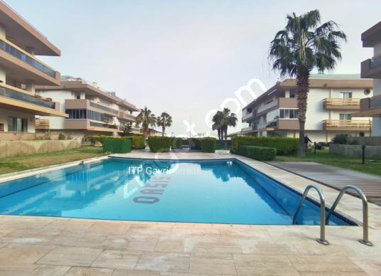 TEK YETKİLİ ITP'DEN SİTE İÇİNDE DENİZ MANZARALI 2+1 DAİRE - Yüzme Havuzu