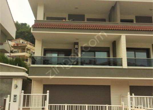 Satılık Lüks İkiz Villa
