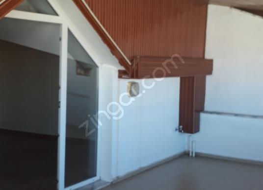 Dikili Salimbey'de Satılık Dubleks Daire 2+1 Açık Mutfak - Balkon - Teras