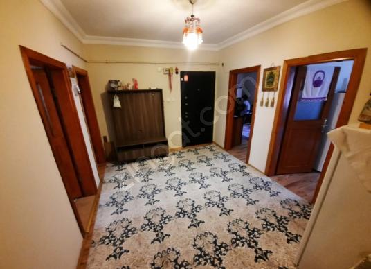Küçükçekmece Mehmet Akif'de Satılık Daire 1 kat 3+1 - Yatak Odası