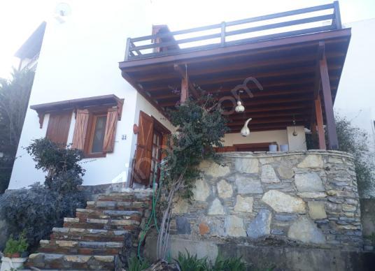 Bodrum Gümüşlük'te plaja 300 metre sezonluk kiralık 2+1 villa - Dış Cephe