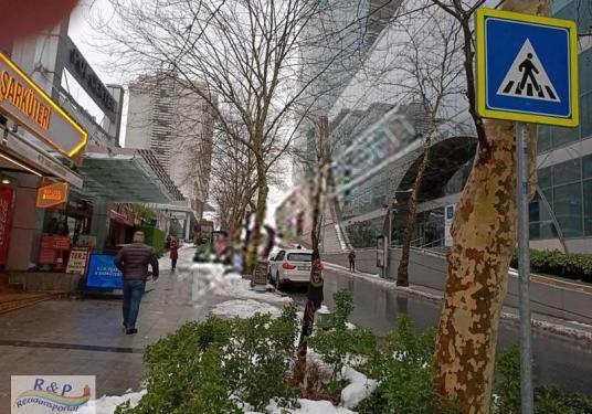 KANYON AVM YANI POL CENTERDA 125 VE 50 M2 KİRALIK DÜKKANLAR - Sokak Cadde Görünümü