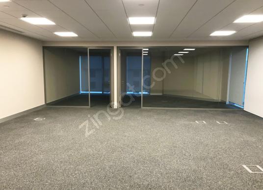 Küçükçekmece Halkalı Basın Ekspres Cepheli 1.122 m2 Satılık Ofis - Salon