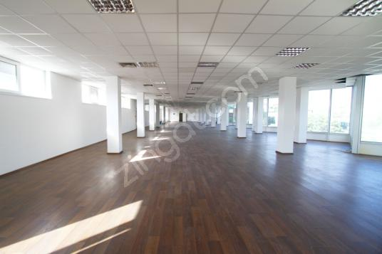 Bahçelievler Yenibosna'da 1.300 m2 Kiralık Ofis