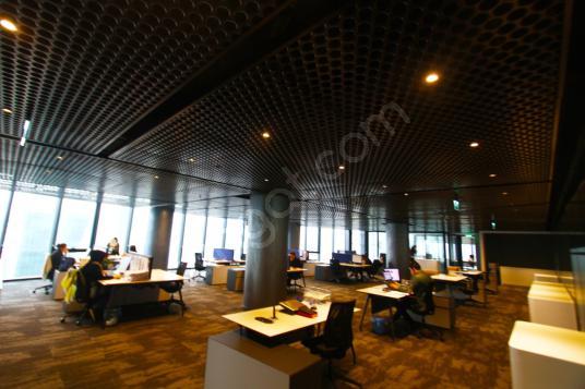 Küçükçekmece Halkalı Basın Ekspres Cepheli 2550 m2 Kiralık Ofis - Spor Salonu