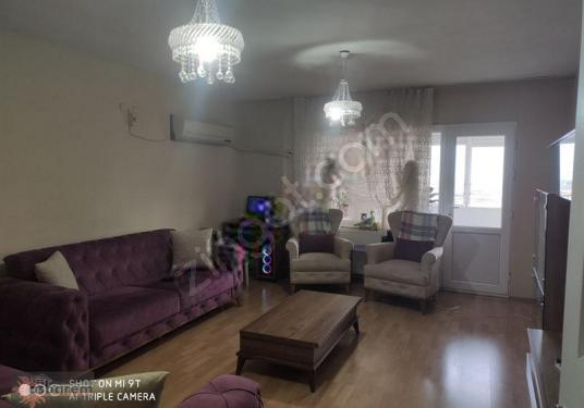 İzmir Torbalı Torbakent Sitesi'nde Satılık 3 artı 1 Daire - Salon