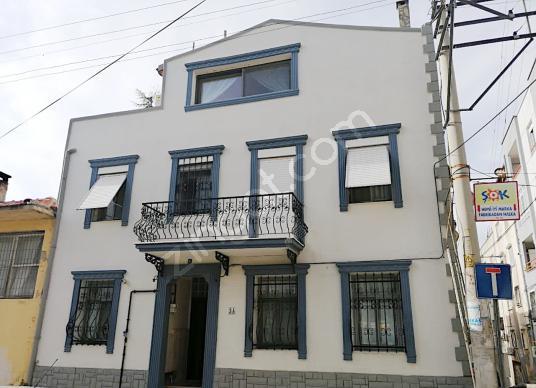 İzmir Göztepe'de Satılık Müstakil 3+1 Villa - Dış Cephe