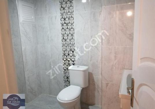 ELİF EMLAKTAN YENİ MAHALLEDE 150 M2 SATILIK DAİRE - Tuvalet