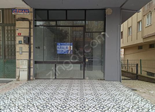 Atakent Dadaloğlu caddesi 200 m² depolu kiralık dükkan - Antre Hol