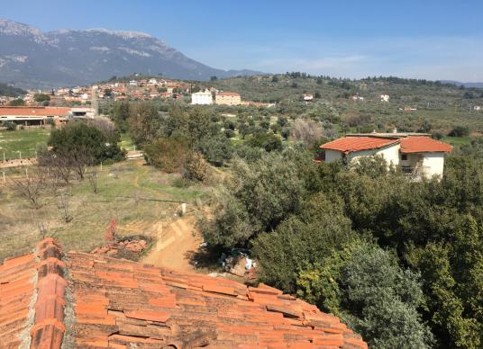 İzmir Torbalı Dağkızılca'da 62 dönüm çiftlik - Manzara