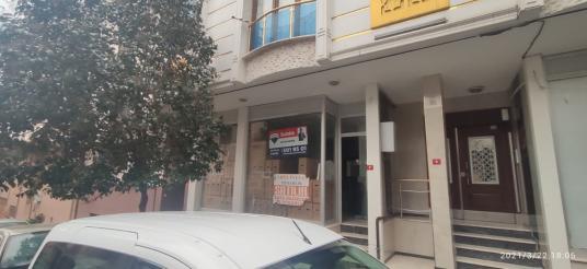 Satılık Dükkan  110 m2 Kiraz'lı Metro'ya 5 Dakika Yürüme Mesafes - Sokak Cadde Görünümü