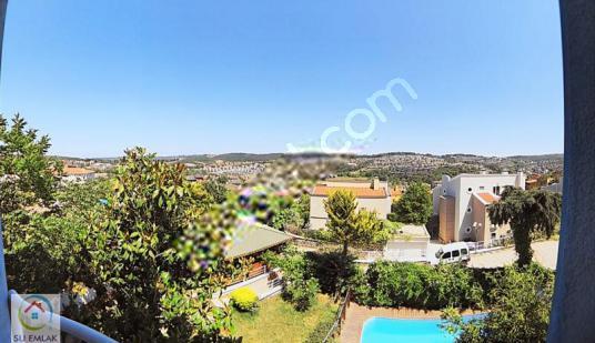 Sarıyer Zekerikaköy Müstakil Geniş Bahçeli Fırsat Satılık Villa - Site İçi Görünüm