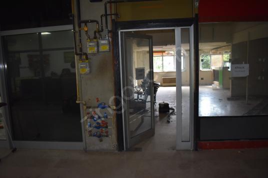 Uğurmumcu da KDV li 220m2 Kiralık Dükkan Mağaza Depo - Antre Hol