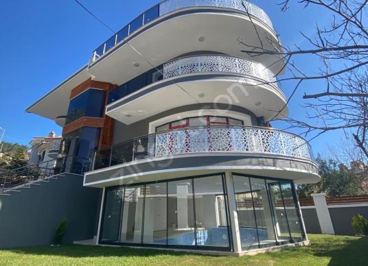Marmaris Armutalan'da Satılık Tam Müstakil Emsalsiz Villa - Dış Cephe
