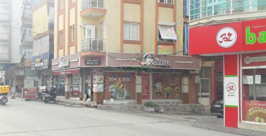 BARANAY GAYRİMENKULDEN BUCADA 5 KATLI SATILIK BİNA - Sokak Cadde Görünümü