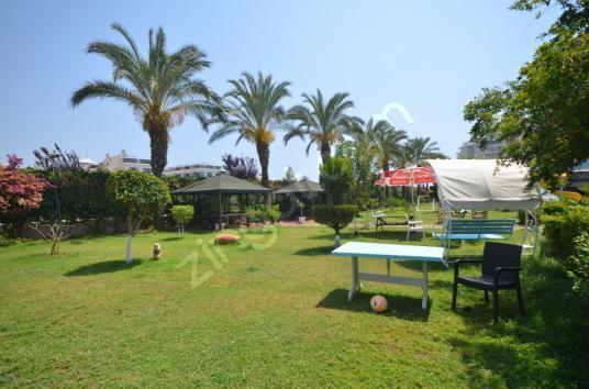 Alanya Tosmur'da Riverside Resort Sitesinde Eşyalı 2+1 Satılık - Site İçi Görünüm