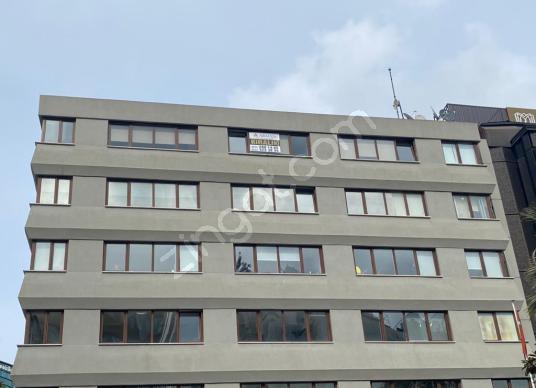 Arman'dan Cerrahoğlu iş merkezinde kiralık ofis katı