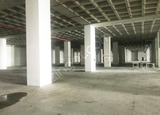 Başakşehir İkitelli Osb'de 5.300 m2 Kiralık Düz Giriş Depo