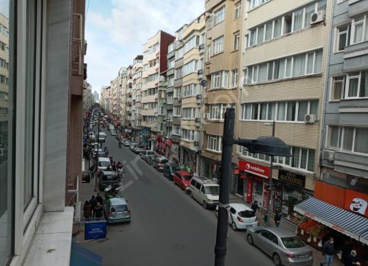 KURTULUŞ CADDESINDE 2+1 BOŞ TERAS BALKONLU HEMEN TASINMAYA HAZIR - Sokak Cadde Görünümü
