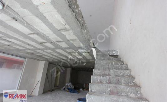 RAMİ ANA CADDEDE KURUMSAL FİRMALARA KİRALIK DÜKKAN/MAĞAZA - Balkon - Teras