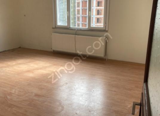 Bağcılar Göztepe'de Kiralık Daire 3+1 130 m2