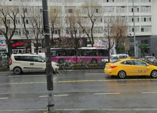 UNKAPANI IMÇ DE 75 M2 KİRACILI SATILIK İŞYERİ