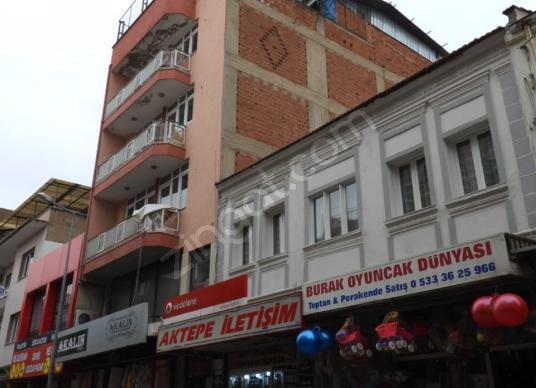 Otel,Banka,Market,Okul,Etüd vb.işletmelere uygun 130m2 6kat bina - Sokak Cadde Görünümü